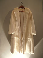 Rare white mink coat converts to a jacket (141/92cm)