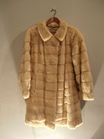 Horizontal semi-swing mink coat (112cm)
