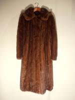Mid brown mink coat with detachable hood - Approx size: M/L - Price: £1,350 (Ref V462)
